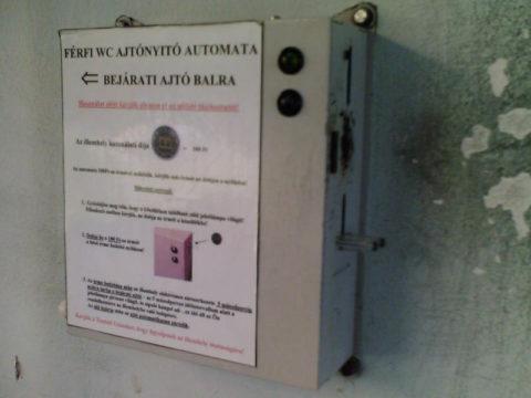 fizetos toalett ajto nyito automata nem kell ész