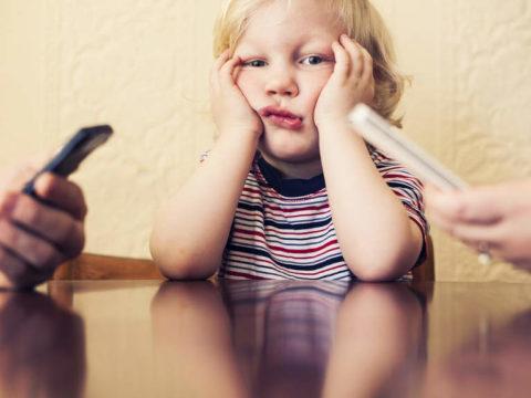 mobil fuggo szulo gyerek anyut aput akarom