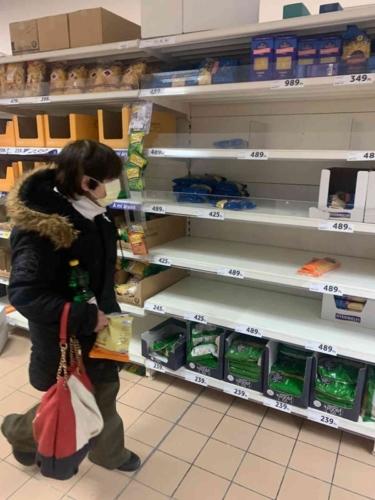 korona virus jarvany panik ures polc bolt karanten vasarhely